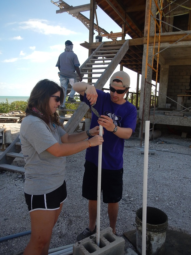 The interns help construct a new BRUVs for use in the tidal creeks.