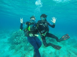 Emilio and Caroline on a marine ecology dive