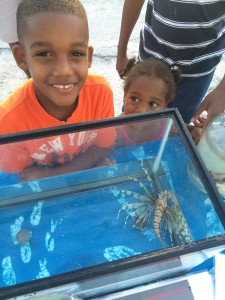 Kids come face to face with the invasive lionfish